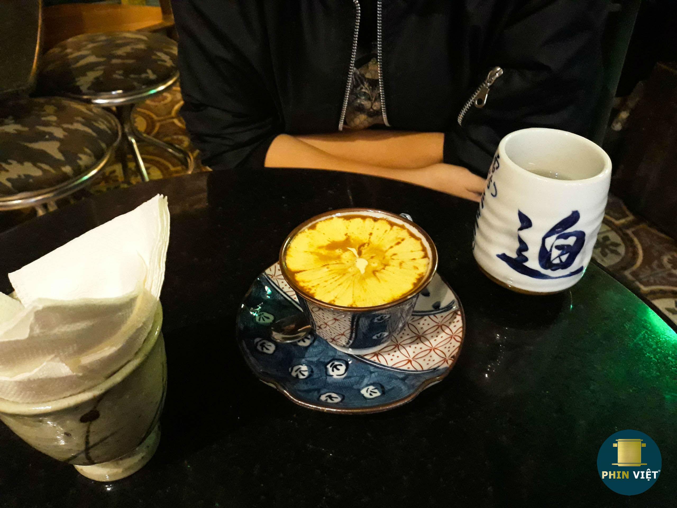 Món cafe Trứng nổi tiếng tại Loading T