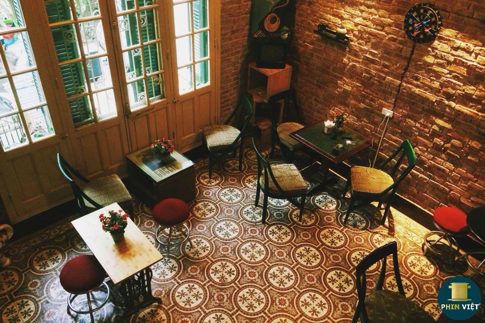 Không gian hoài cổ quán cà phê Loading T