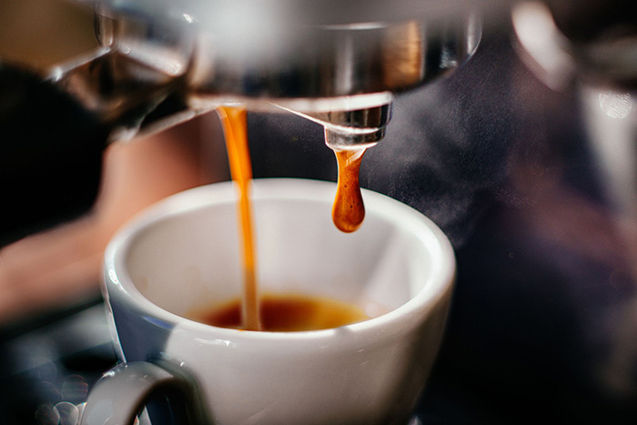 Nên chọn máy pha cafe nào?